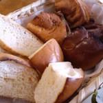 クイーンズベーカリーカフェ - パン