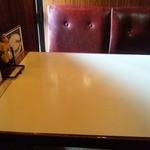 18749875 - テーブル席