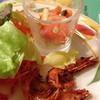Ruijianamama - 料理写真:サラダバーからエビのスパイシーフライ、サーモンのマリネ