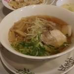 王福 - 醤油ラーメン(640円)