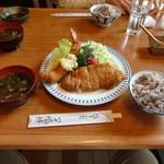 18757091 - ロースゴールド盛り合わせ定食
