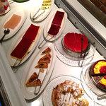 KurumeriaARK - 食べられなかったケーキ・フルーツ・アイスクリーム各種。 ソフトクリームだけ少し頂きました。