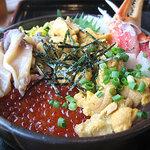 シーフードレストラン オールドリバー - よくばり丼
