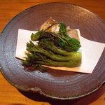 ほむら - たらの芽の天ぷら。