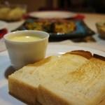 寛 - 角食 トースト