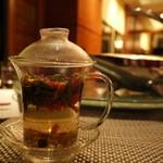 18762236 - 「シェフお勧めのお茶」初めは慣れない味