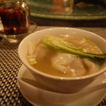 18762238 - 美味しくて幸せ、ワンタンスープ