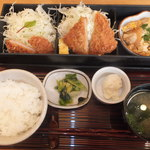 18763288 - 1日20食限定 ハーフ&ハーフセット 1000円 【 2013年5月 】