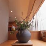 とんかつ まい泉 - 店内 1 【 2013年5月 】