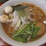 麺や来味 - 醤油らぁ麺 味玉入り:780円