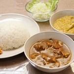スリランカ料理 ラサハラ - スリランカセット900円(ランチ) カレー2種とライス