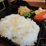 Sumibiyakinikuyamato - ランチ ご飯おかわり無料 優しい