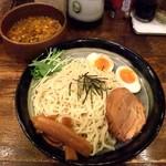 純こくラーメン ずんどう屋 - つけ麺(胡麻味噌ダレ味)