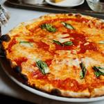 キオッチョラ・ピッツェリア - 大きなピッツァに感激(*´д`*)