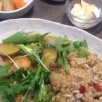 自然派カフェ 米野かりぃ堂 - アジアンカリーのたっぷり野菜