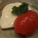 仲町竹田 - 濃厚なトマトのジュレとモッツァレラ