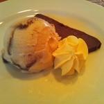 GAMバル - チョコレートのムースとティラミスアイスの盛り合わせ