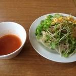 ビッグボーイ - 料理写真:スープとサラダ