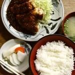 とんかつ 五郎十 - 若ドリゴマ入生姜焼定食780円