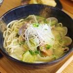 糸満漁民食堂 - あっさり塩味の魚汁そば定食