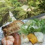 18783257 - シーフードと香味野菜の串焼き