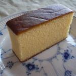 笹屋菓子輔 - 昔ながらのカステラ
