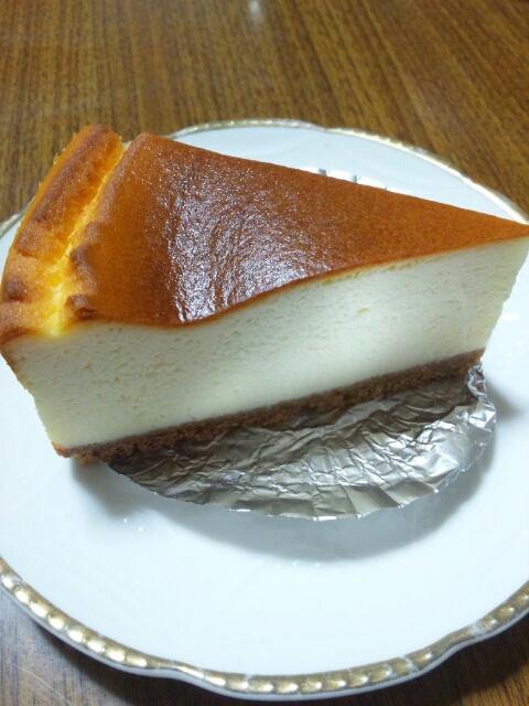 ヘンテコ - ベイクドチーズケーキ(\450)
