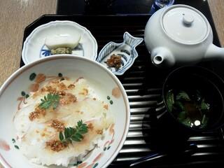 はしたて - 鯛の胡麻味噌丼 1365円