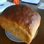 オーブンズ - ライム麦パンにはキャラウェイがはいってます