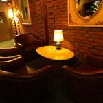 Bar Ladrillo - テーブル席
