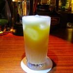 Bar Ladrillo - スノーボール