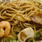 由松 - 由松 @北葛西 焼きそば ミックス3種 モチモチ食感の中太麺と3種の具材