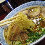 まんぼう亭 - スープに比べると麺がイマイチ