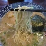18800370 - 濃厚博多とんこつの麺