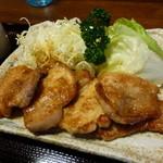 とんかつ錦 - 歯ごたえみっしりの生姜焼き。