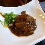 串桂 - 2013.05 牛筋味噌煮込み680円、これは割高感がありました。。。。