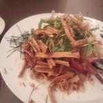 18808544 - ごぼうと水菜のサラダ