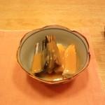 板前料理 矢代 - 身欠きニシンとウドの酢みそソース