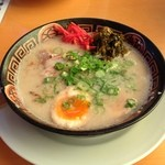 18812427 - H.25.05.06. 長浜ラーメン(カタメン) 630円 + 煮玉子 100円 = 730円