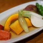 里芋 - 温野菜の炊き合わせ