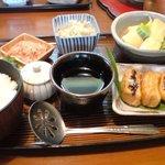 利久庵 - 湯豆腐定食(1500円)