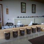ごはん処 茶茶 - お店の店内です