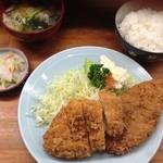 とんかつ 安右衛門 - A定食850円       チキンカツ メンチカツ