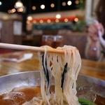 ラーメンむさし - 透明感のあるコシの強い麺です