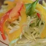 キッチンターブル - セルフサービスサラダ