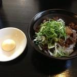 弁慶 - お昼の定食 牛すじ丼¥230プラス