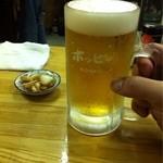 やきとん道場 三鶴 - ホッピーとお通しの玉ねぎの醤油漬け