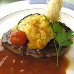 ヴァン・ヴェール - 肉料理:見蘭牛のステーキ