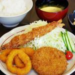 山王夢食堂 - ミックスフライ定食