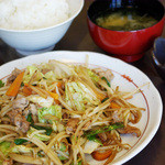 山王夢食堂 - 野菜炒め定食